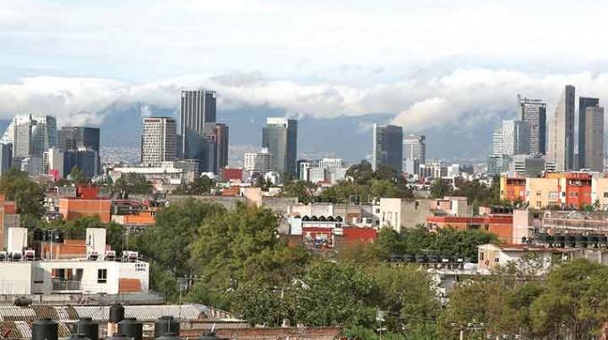 Excelsior: 6 de cada 10 casas son 'improvisadas'; en CDMX, la mayor población en riesgo