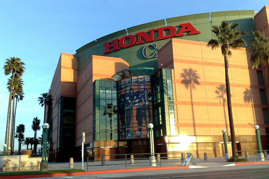 The Honda Center Previously Known As Arrowhead Pond Of Anaheim Is An Indoor Ice Hockey Arena That Hosts Concerts Basketball And Games